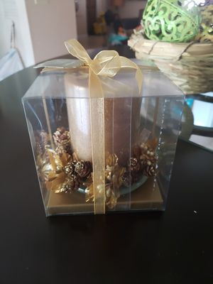 Pier 1 imports gold charms candle gift set for Sale in Kissimmee, FL