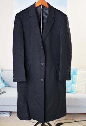 Kenneth Cole men's coat size 40R for Sale in Seattle, WA