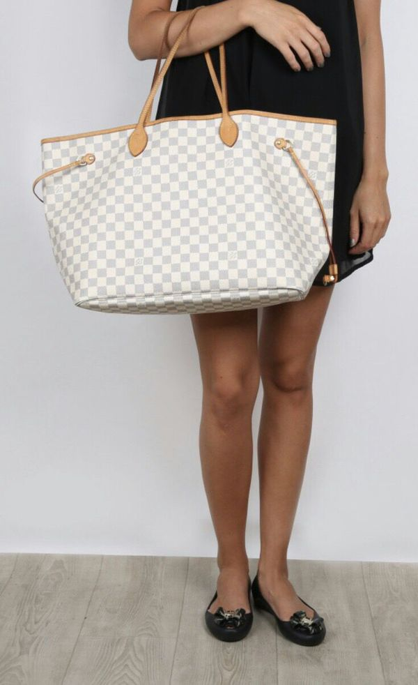 03840e45771b Louis Vuitton Neverfull GM bag damier Azur for Sale in San Diego