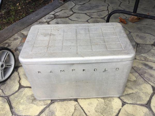Vintage aluminum cooler for Sale in Hollywood, FL - OfferUp