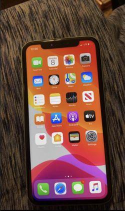 iPhone 11 Unlocked Thumbnail