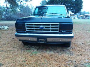 1988 ford f150 xlt for Sale in Dillwyn, VA