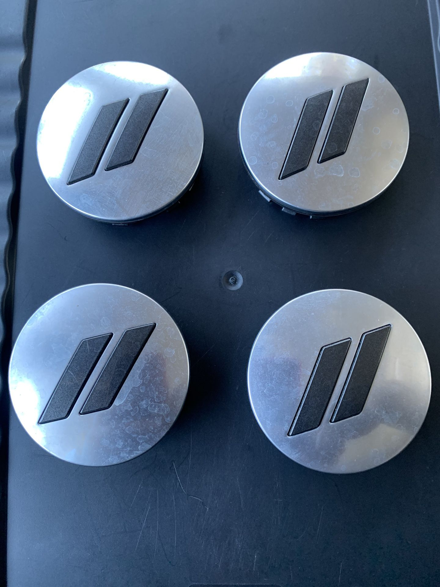 Charger center caps