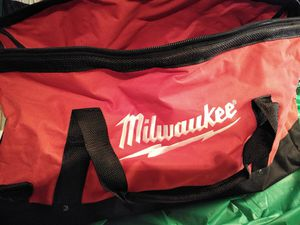 Photo Milwaukee heavy duty five tool tool bag, never used brand new