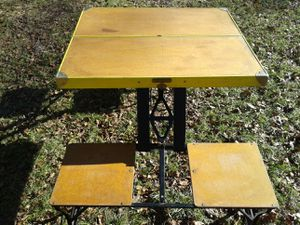 Antique folding picnic table w/ 4 seats for Sale in Charles Town, WV