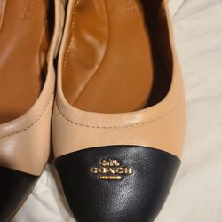 Flats shoes Thumbnail
