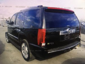Parting out 2009 Cadillac Escalde hybrid black OEM Chevy GMC Parts fit Tahoe and Yukon 07-14 LS2 6.0 for Sale in Oakland Park, FL