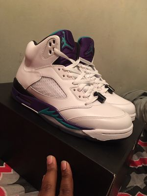Grape 5s CLEAN 👟🔥 SIZE 8.5 2012 for Sale in Oxon Hill, MD