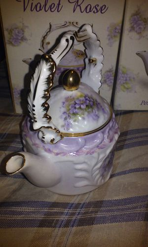 Vintage Violet Rose Porcelain tea pots.. for Sale in Kissimmee, FL