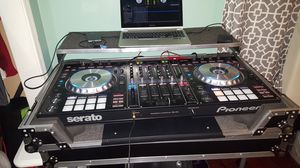 For sale Pionner ddj-sz with case for Sale in Hyattsville, MD