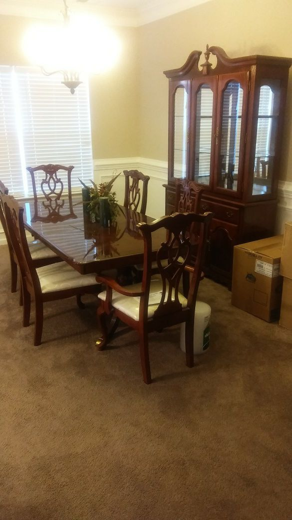 Dining Room Table And Chairs With China Cabinet Furniture In