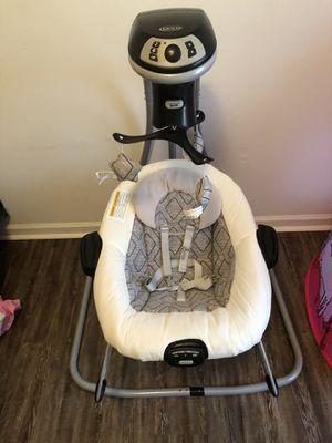 Photo Graco baby/infant vibrating swing