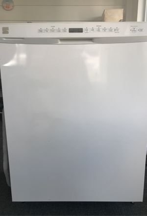 Photo Good working dishwasher stainless steel inside and clean outside. Upgraded white to stainless steel appliances.