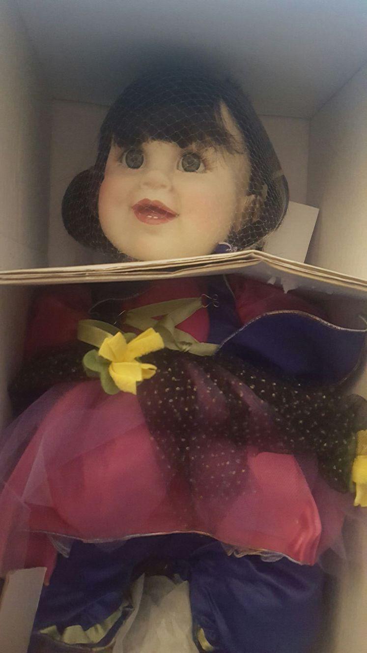 Marie Osmond Babies in Bloom Vinyl Doll