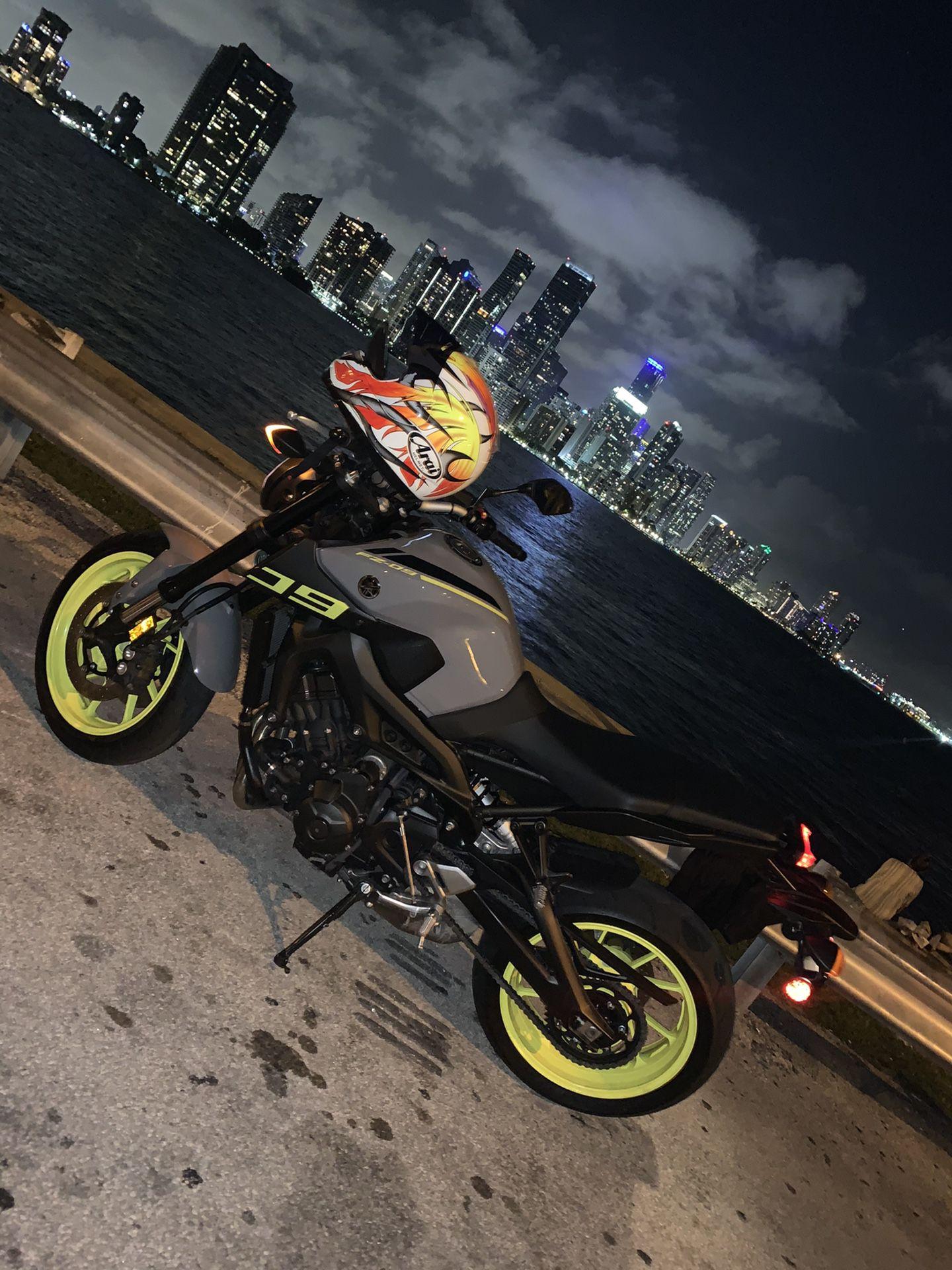 Yamaha Fz 09