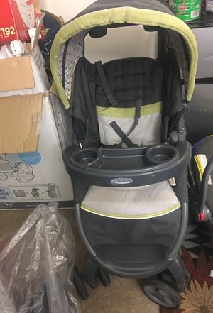 Graco car seat and stroller for Sale in New Carrollton, MD