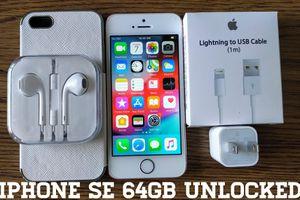 Iphone SE UNLOCKED 64GB + Accessories for Sale in Falls Church, VA