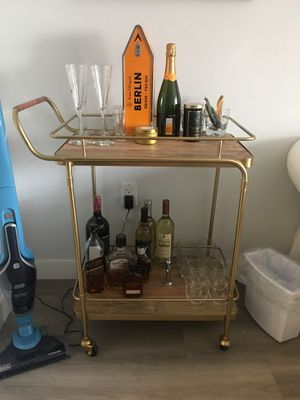 Gold bar cart w glasses for Sale in New York, NY