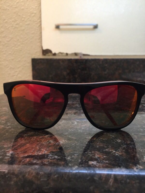 75a1e33c3a623 Louis Vuitton sunglasses Oliver unisex new never used for Sale in ...