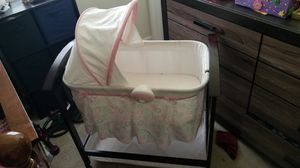 Baby crib (girl) for Sale in Greensboro, NC