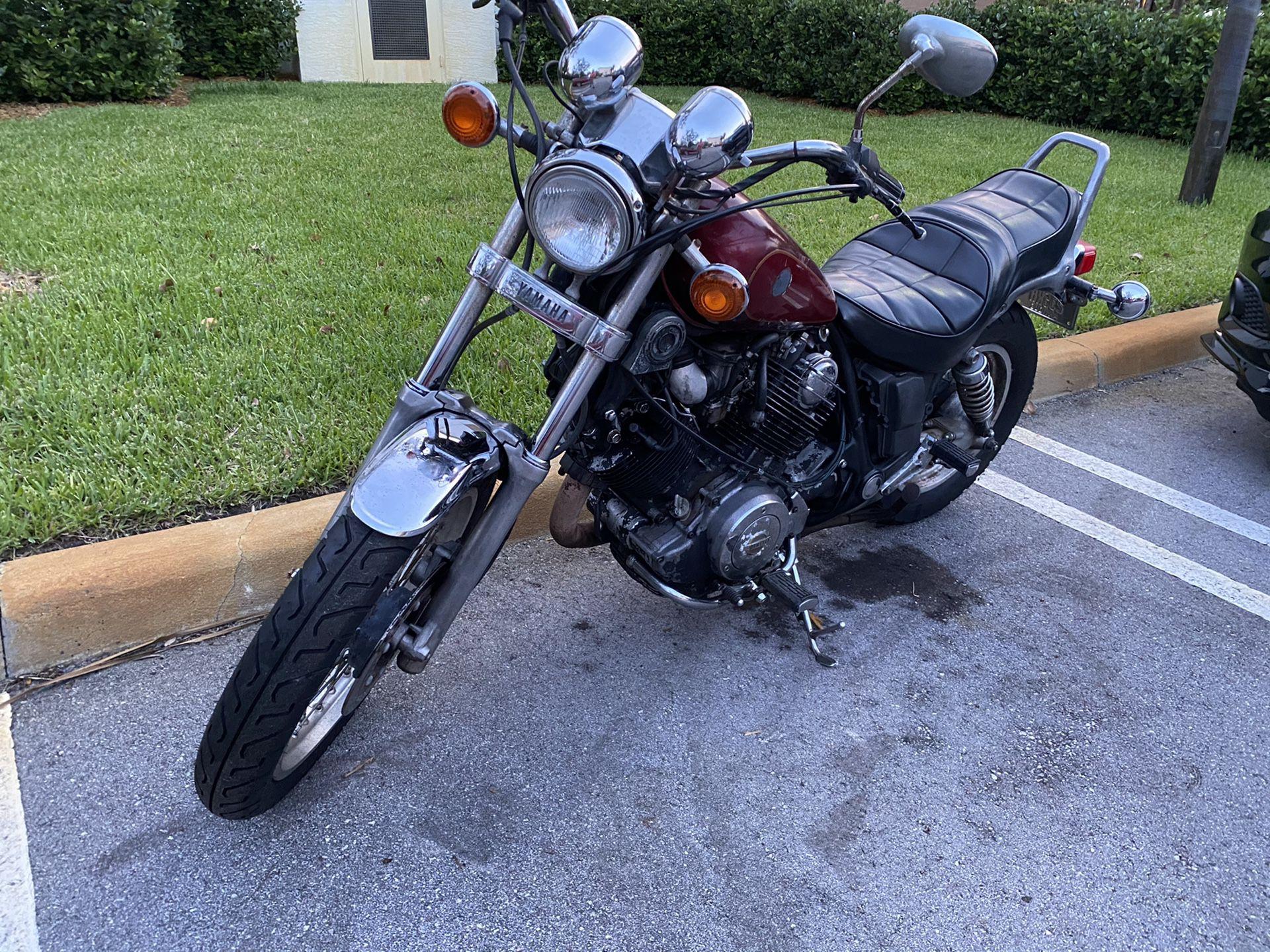 Yamaha Virago XV 700cc