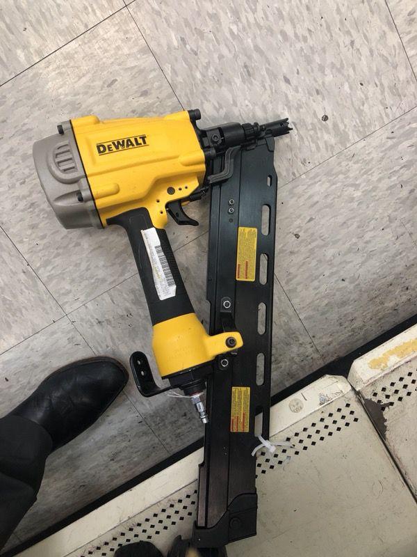 Dewalt Nail Gun DWF83PL for Sale in Manchaca, TX - OfferUp
