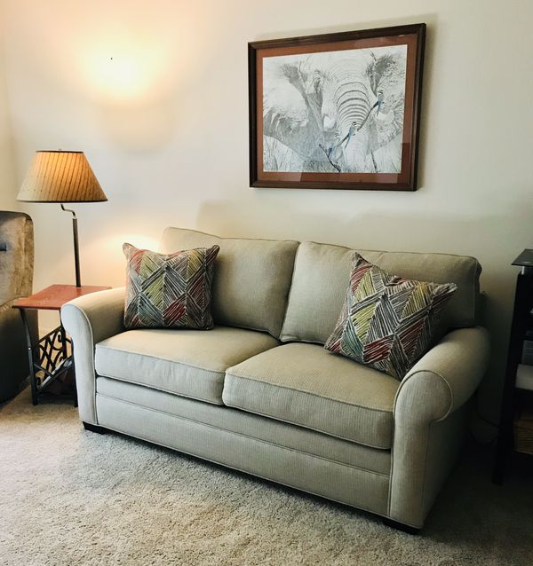 6ft Sleeper Sofa for Sale in The Villages, FL   OfferUp