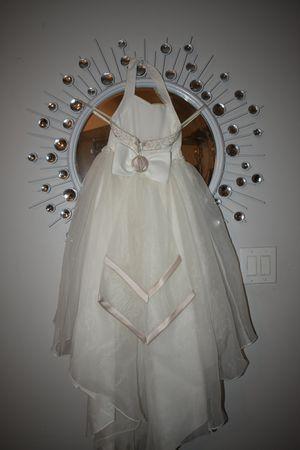 Flower girls dress from David bridal's for Sale in Miramar, FL