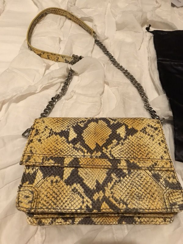 9363a016aab37d Alice & Olivia Yellow Snake Skin Crossbody Bag for Sale in San ...
