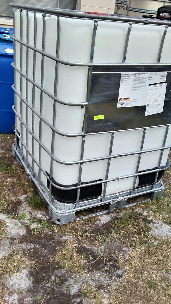 330 gallon Tote for Sale in New Port Richey, FL - OfferUp