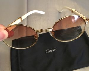 Gold Cartier / White Buffalo Horn Glasses . Excellent condition !! UNISEX for Sale in Silver Spring, MD