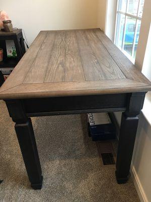 Ashley Furniture office desk for Sale in Bridgeville, PA