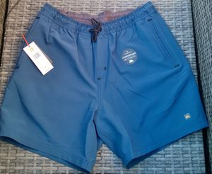 QSILVER TECH WATERSHORT BLOWOUT SALES $35 SIZE M for Sale in Santa Ana, CA