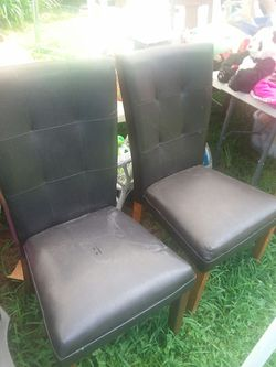 Leather chairs set of 2 Thumbnail