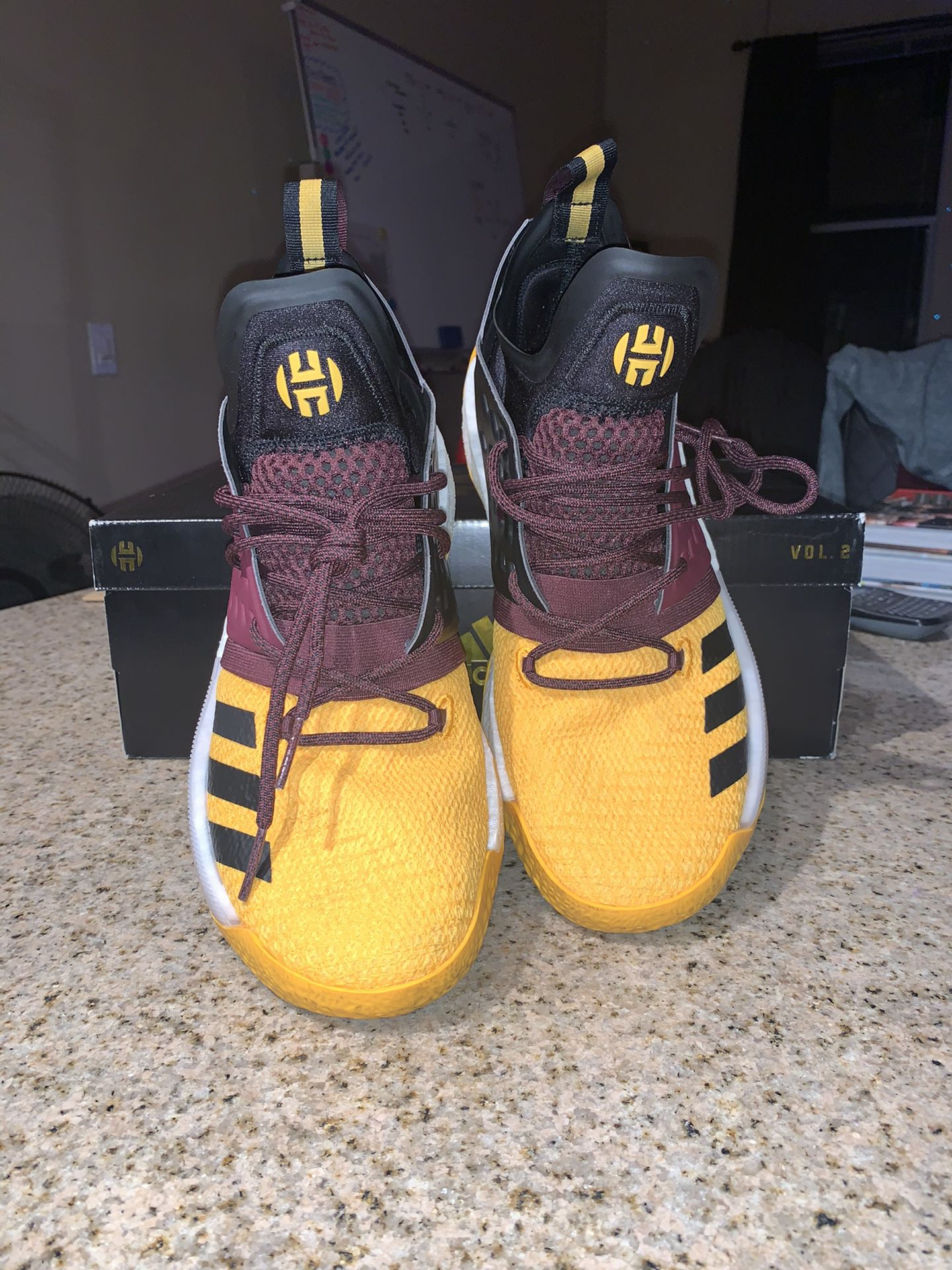 adidas Harden Vol. 2 Arizona State University Sz. 9.5M