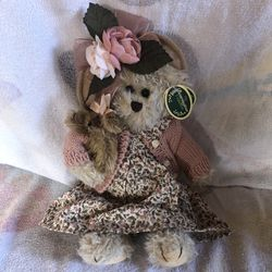 Collectible Bearington Bears Handcrafted Daisy and Belle # 1069 plush Teddy Bear Thumbnail