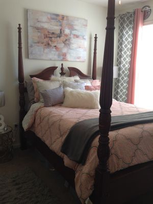 Wooden Queen Bedset for Sale in Fort Washington, MD
