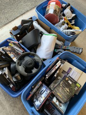 Miscellaneous video games and toys for Sale in Seattle, WA