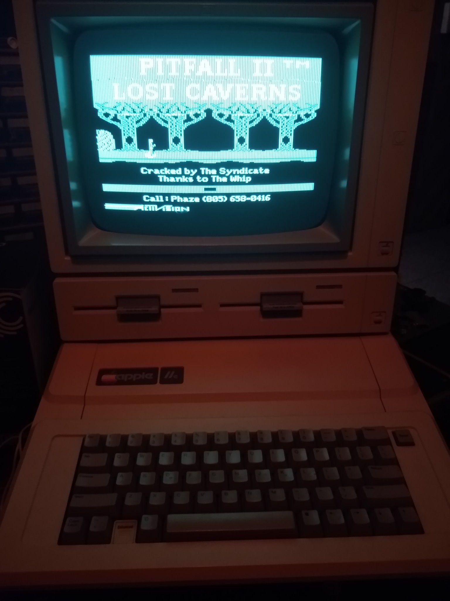 Vintage Enhanced Apple 2e (//e)