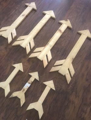 Custom Made Wood Arrows for Sale in Winter Park, FL