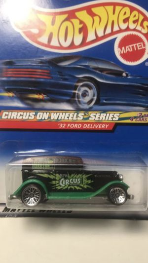 Photo HOT WHEELS CIRCUS ON WHEELS '32 FORD DELIVERY SERIES MATTEL 1999 NIP