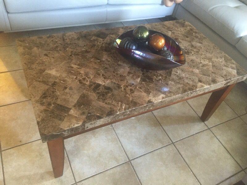 3 livingroom tables