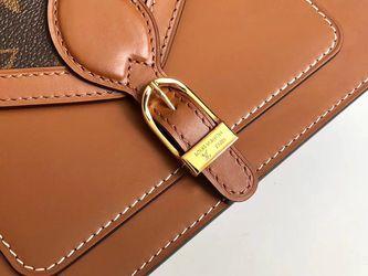 Fashion LV purse Thumbnail