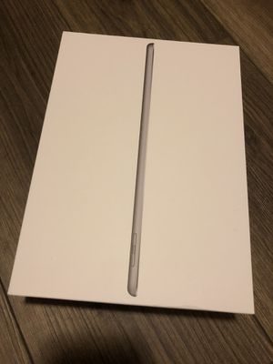 iPad (5th gen), 128 fb for Sale in Westerville, OH