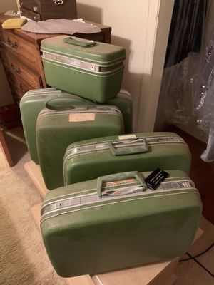 Photo Vintage Samsonite luggage set
