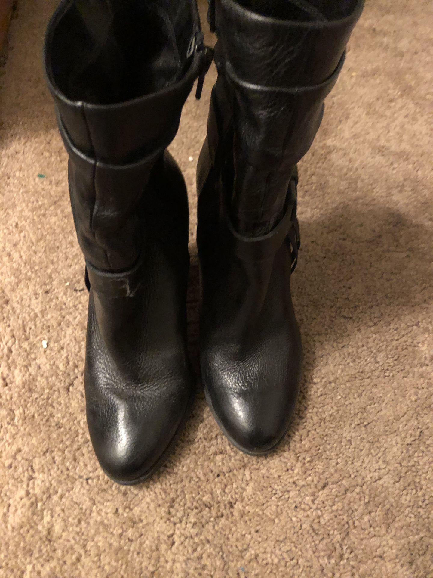 Guess 3/4 Boot w/Tassels