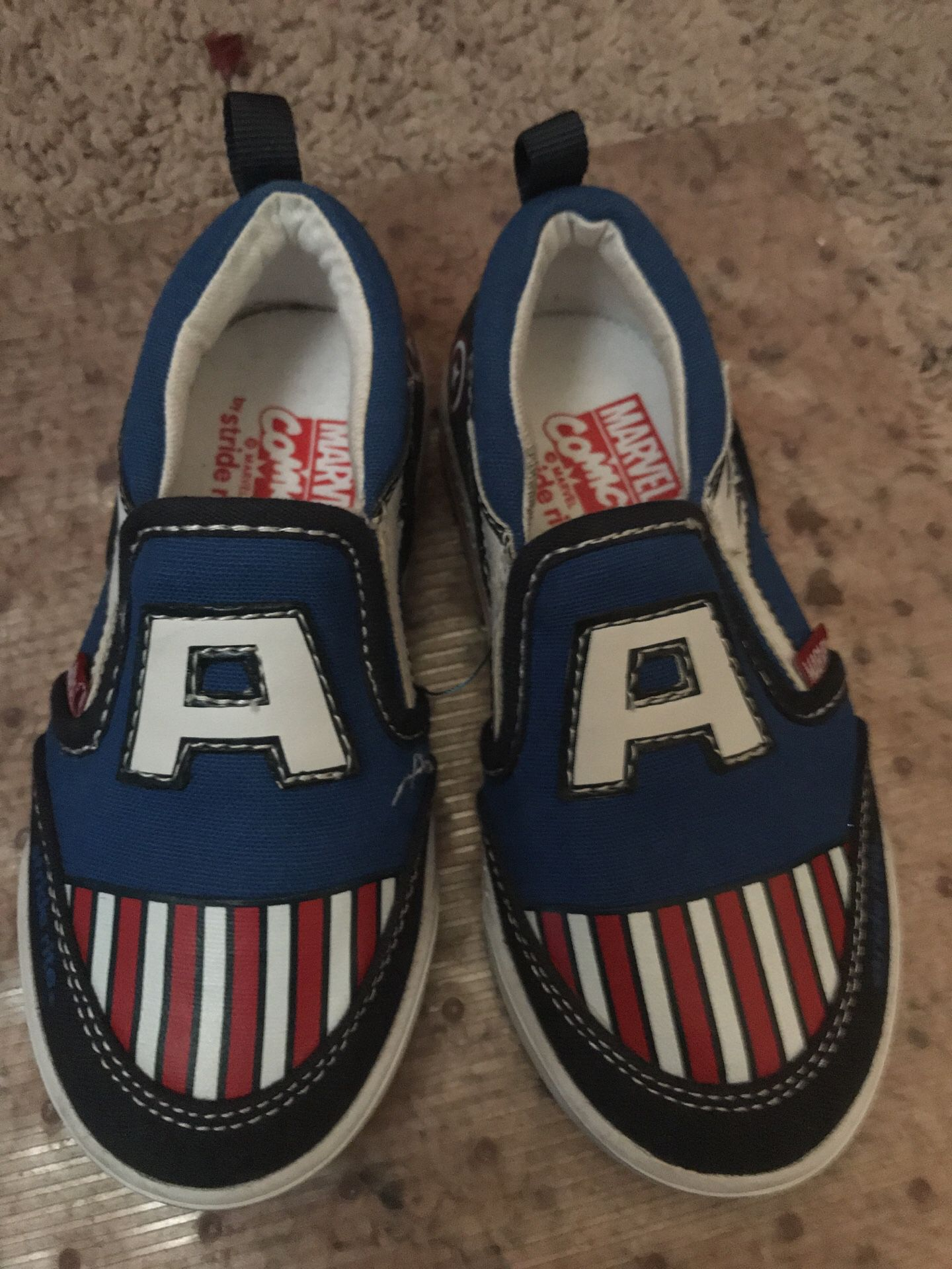 Size 8.5 kids toddler shoes