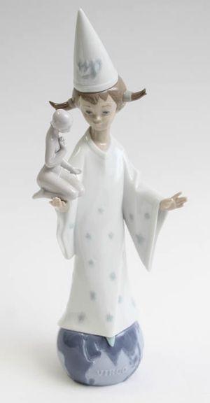 "Lladro ""Virgo"" Retired Collectible Figurine #06215 for Sale in Herndon, VA"