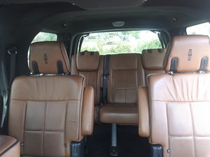 SAME 2011 LINCOLN NAVI $20,900 for Sale in Fairfax, VA