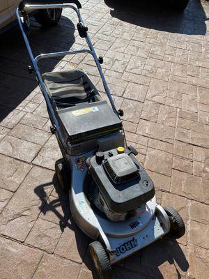 """Photo John Deere 21"""" 14PB self propelled mower"""